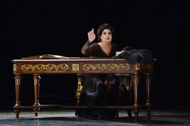 Associazione Emma Carelli. La prima donna. Uscita evento a Napoli il 7 ottobre 2020 con Licia Maietta